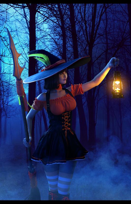 美女cos豹女 魅惑女巫照亮前进的路