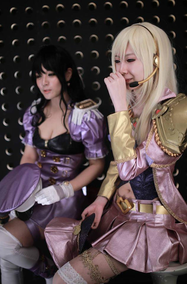 韩国丝袜美女COS海军女警和拉克丝 LOL联盟