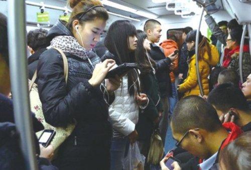 """合肥地铁开通《梦幻花园》专列 网友直呼这波""""绿了"""""""