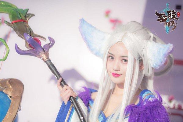 明星玩家SNH48倾力助阵轩辕传奇烽火群英会隆重举行