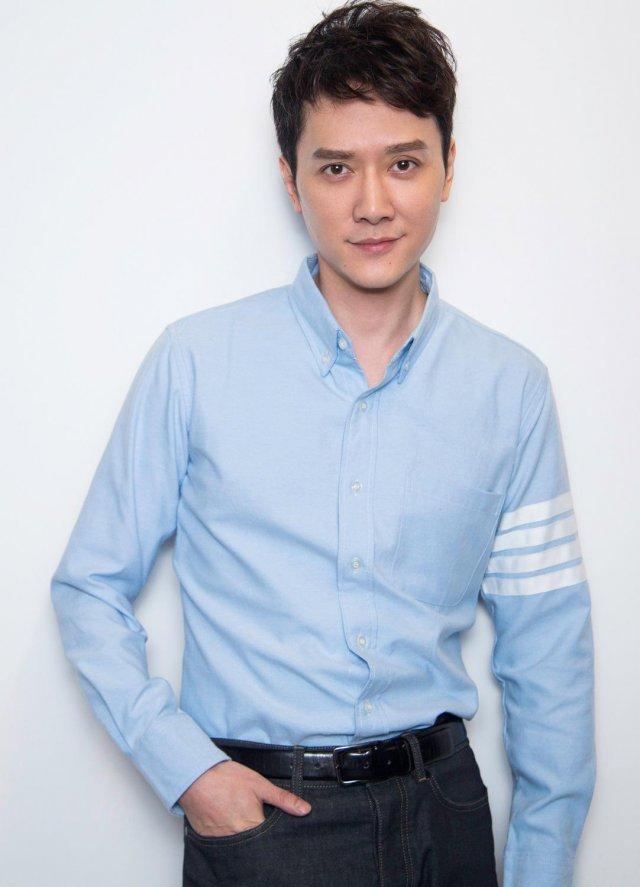 冯绍峰换头像 网友猜测纷纷难道是要升级当爸爸?