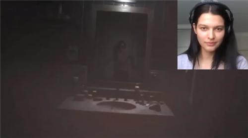 吉尔脸模玩《生化危机3:重制版》 自己玩自己!