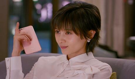 """《欢乐颂2》明星同款助阵""""超级荣耀日""""青春四件套联合首发"""